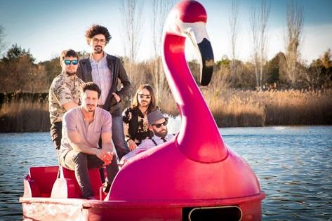 """Huracán Romántica lleva las canciones de su álbum debut """"Mierda Nueva"""" a Alicante"""