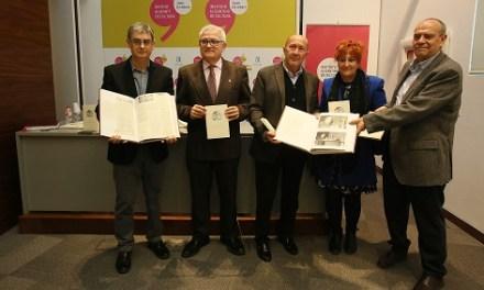 La famíliaMojicadóna un extens fons documental sobre el poeta alacantí a l'Institut de Cultura Juan Gil-Albert