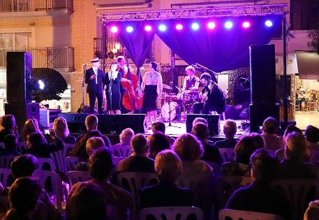 Èxit de públic en el primer concert del 'Benidorm Music Jazz'en la Plaça de la Senyoria