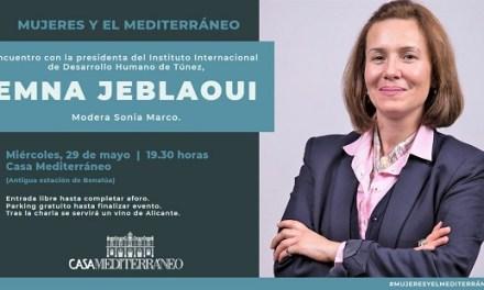 Emna Jeblaoui exposa a Casa Mediterráneo la seua visió sobre el paper de la dona en les societats àrabs