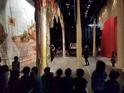 El Teatro Chapí lleva a cabo sus visitas teatralizadas para escolares