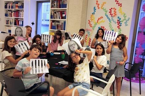 L'Ajuntament d'Alacant convida a gaudir del mig centenar d'activitats programades dins del programa «Estiu Cultural» durant el mes d'agost