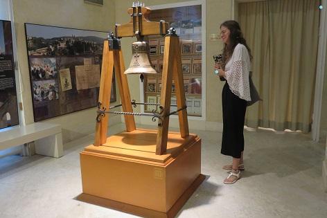 El Museu Arqueològic de Alcoy ya exhibe la Campana de Barxell totalmente restaurada