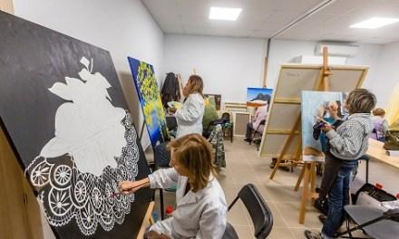 Abierto el plazo de inscripción para las clases de dibujo y pintura de Finestrat