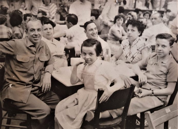 Familia Guijarro-Juan. Argel, 1953