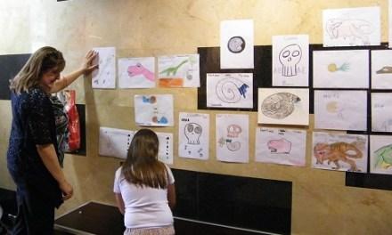 El concurs de dibuix 'Raval Juràsic' torna amb la seua segona edició al Museu Paleontològic d'Elx