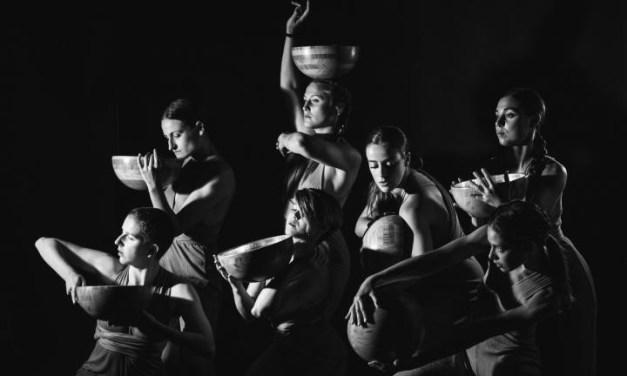 La Companyia d'Aina Lanas porta l'espectacle de dansa contemporània Mawu al Paranimf