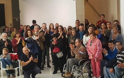 El Museu d'Art Contemporani d'Alacant inaugura l'exposició «Tirando del hilo», dins de la 3a edició de Tots MACA
