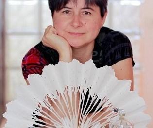 Natalia Pérez Chazarra inaugura en la galeria ACAS d'Elx l'exposició Almagrafías, radiografies de l'ànima