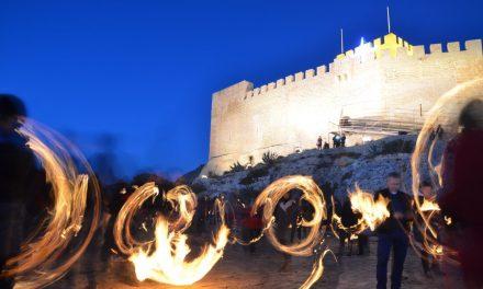 Petrer busca poner en valor las fallas de la noche de Reyes con su declaración como Bien Inmaterial de Relevancia Local