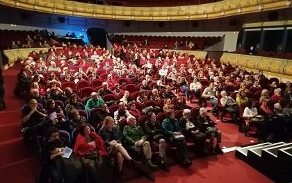 Más de 600 personas acuden al estreno en el Gran Teatro del Ciclo Literario con Javier Cercas como protagonista