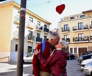 """Turisme Petrer busca omplir de besos les xarxes socials a la campanya """"Besa't a Petrer"""""""