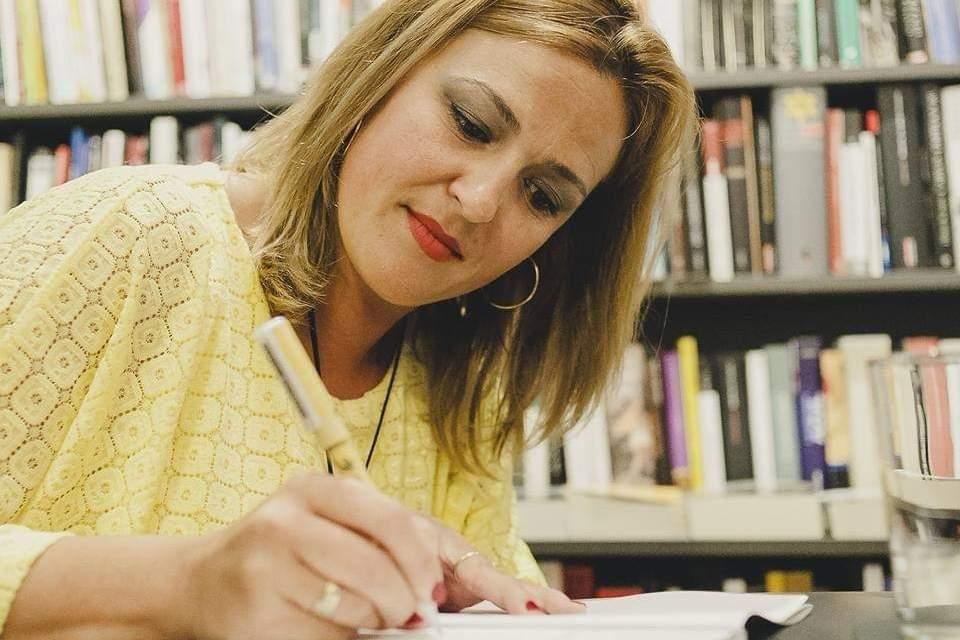 Creuem el Pont dels Espills amb… Begoña Abellán Rodes: La finestra que dibuixe