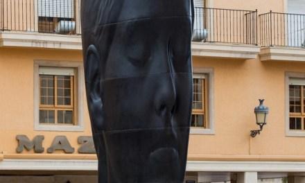 """Les escultures de Jaume Plensa """"Silvia"""" i """"María"""" seguiran a Elx fins al mes de setembre"""