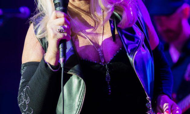 El concierto de la cantante Bonnie Tyler en Torrevieja se aplaza hasta el 17 de julio de 2021
