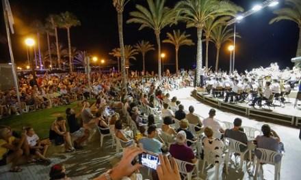La Societat Musical La Lira oferirà aquest diumenge un concert de cinema a la platja de l'Albir