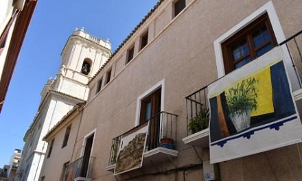 Petrer inaugurará septiembre llenando de arte los balcones del centro histórico