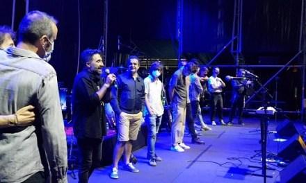 """La banda alacantina """"Gran Angular"""" aconsegueix el primer premi en la final del certamen de promoció """"Emerge Alicante"""""""
