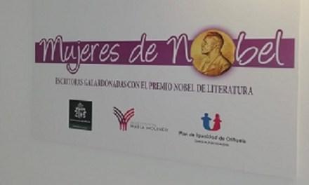 """La Biblioteca Municipal María Moliner d'Oriola celebra el Dia de la Dona Escriptora amb l'exposició """"Dones Nobeles"""""""