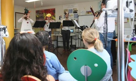"""Cicle de musicoteràpia per a l'aula """"Arc de Sant Martí"""" del col·legi Fabraquer de El Campello"""