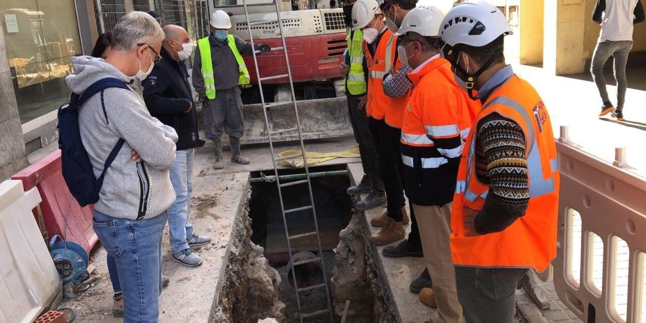 Els sondatges arqueològics al carrer Fatxo s'amplien cap a les restes de la Muralla d'Elx per a determinar la naturalesa de les troballes