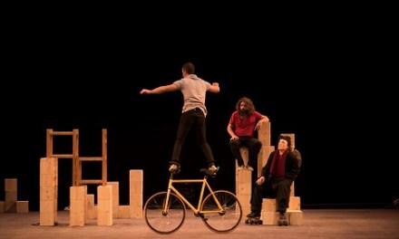 """""""MUR"""", circ que esfondra barreres, en el Teatre Chapí de Villena"""