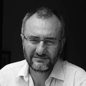 Cruzamos El Puente de los Espejos con… Antonio Moreno: La voz del silencio
