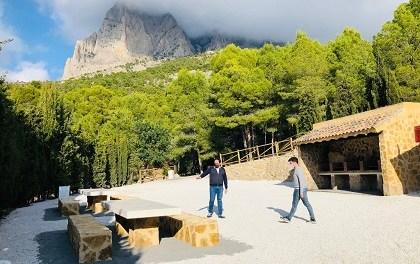 Finestrat apuesta por los espacios abiertos al aire libre con la apertura del área recreativa de la Font del Molí