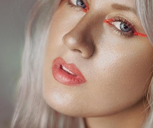 """Noemí Nohales: """"El maquillatge artístic en moda m'ha permés una important llibertat de creació"""""""