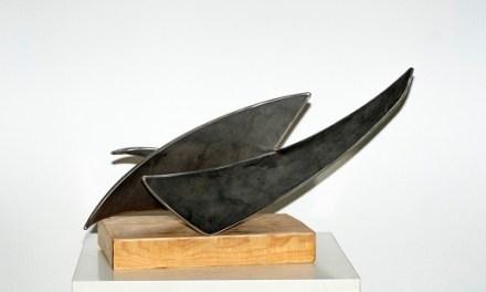 Las esculturas de Joaquín Llorens visitan la Casa de la Cultura de Villena