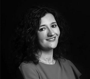 Creuem el Pont dels Espills amb… Ana Martínez Castillo: Del terrible
