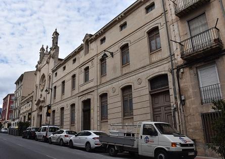 El Ayuntamiento de Alcoy proyecta restaurar el antiguo Asilo de El Camí para  acoger la pinacoteca dedicada a la pintura alcoyana