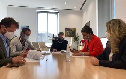 El Patronato de Turismo de Alicante firma un convenio de colaboración con el sector para promocionar los eventos musicales