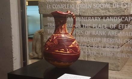 El MAHE d'Elx cedeix de manera temporal un pitxer de ceràmica ibera a la Fundació Botí per a una exposició internacional sobre Picasso