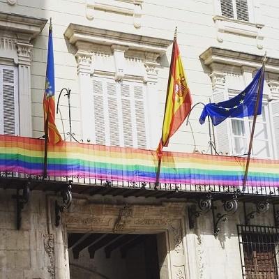 El Ayuntamiento de Orihuela organiza teatro, charlas, exposiciones y conciertos para celebrar el orgullo LGTBI