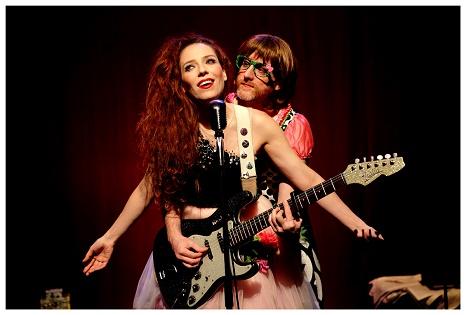 El IVC abre la puerta al verano con dos espectáculos de cabaret y circo en el Teatre Arniches