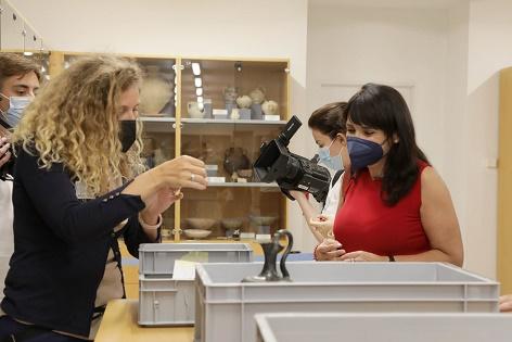 El MARQ recibe las 150 piezas de la exposición internacional 'Etruscos' y comienza la fase de montaje