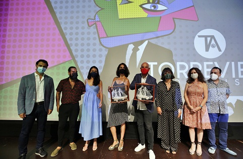 El cortometraje de Ficción «Su Rider» de Alberto Utrera y el de Animación «Roberto» de Carmen Córdoba, se llevan el «Barco de Sal» del 6º Festival Nacional de Cortometrajes «Torrevieja Audiovisual»