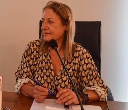 """Creuem el Pont dels espills amb… """"Palacio de justicia"""", de Rosa Burgos"""
