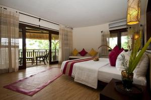 The amun ini beach resort and spa bohol philippines deals great prices! 003