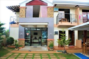 Book Your Stay At ZEN Rooms Greenfields Inn Bohol, Panglao, Philippines Great Deals! 006
