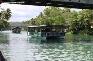 loboc riverdinner cruse bohol philippines