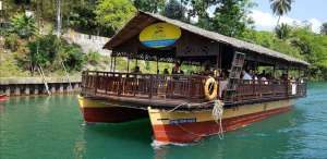Floating restaurant loboc riverwatch bohol 12