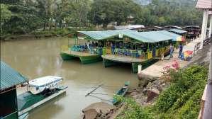 Floating restaurant loboc riverwatch bohol11