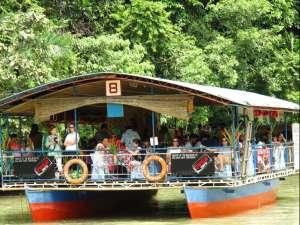 Floating restaurant loboc riverwatch bohol12
