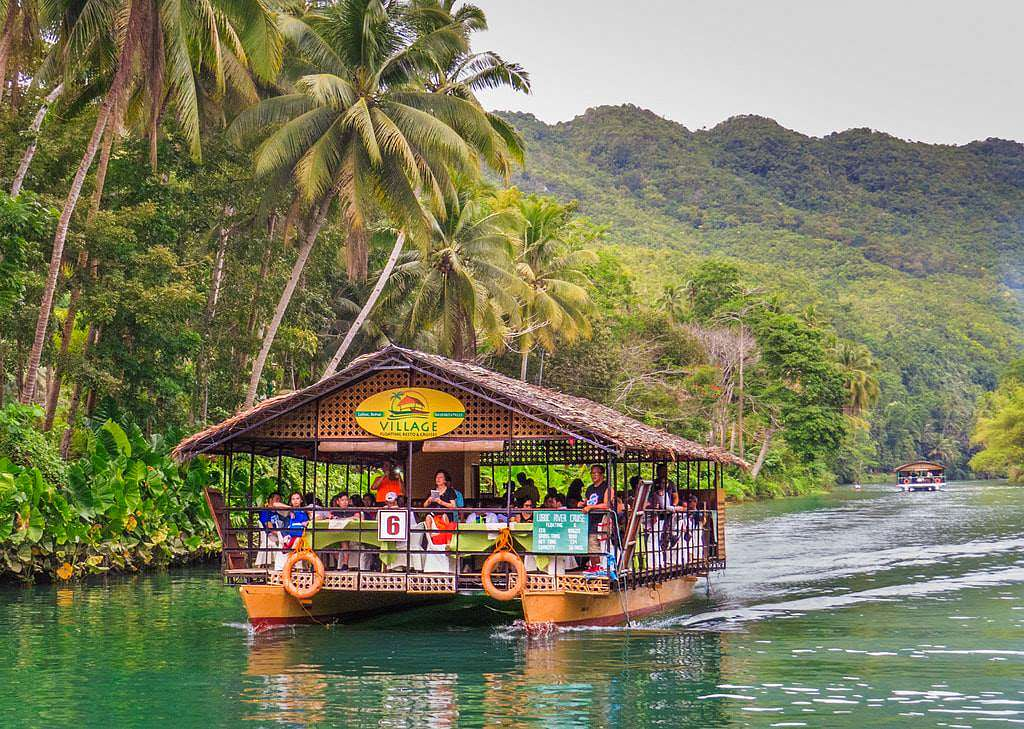 Loboc riverwatch floating restaurant loboc river bohol philippines 068