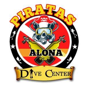 Piratas alona dive center bohol logo