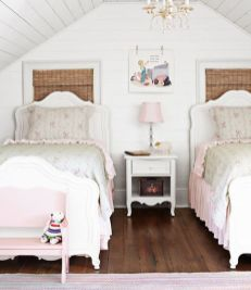 attic-after-history-books-bedroom