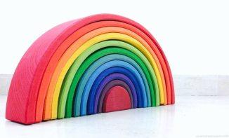 arco iris waldorf vs montessori