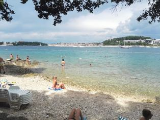 LONE BAY BEACH rovinj